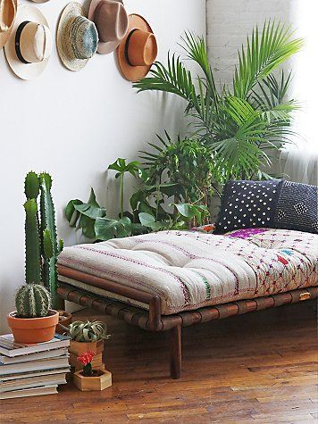 daybed bohemian style