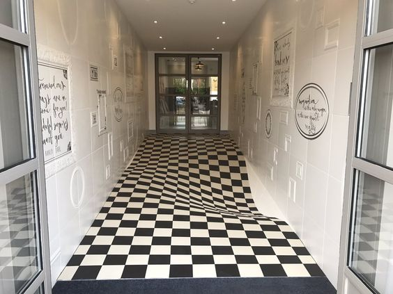 optical illusion hallway