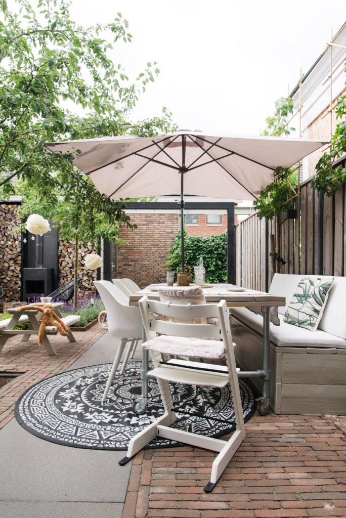 tuinbank nieuwe kussens
